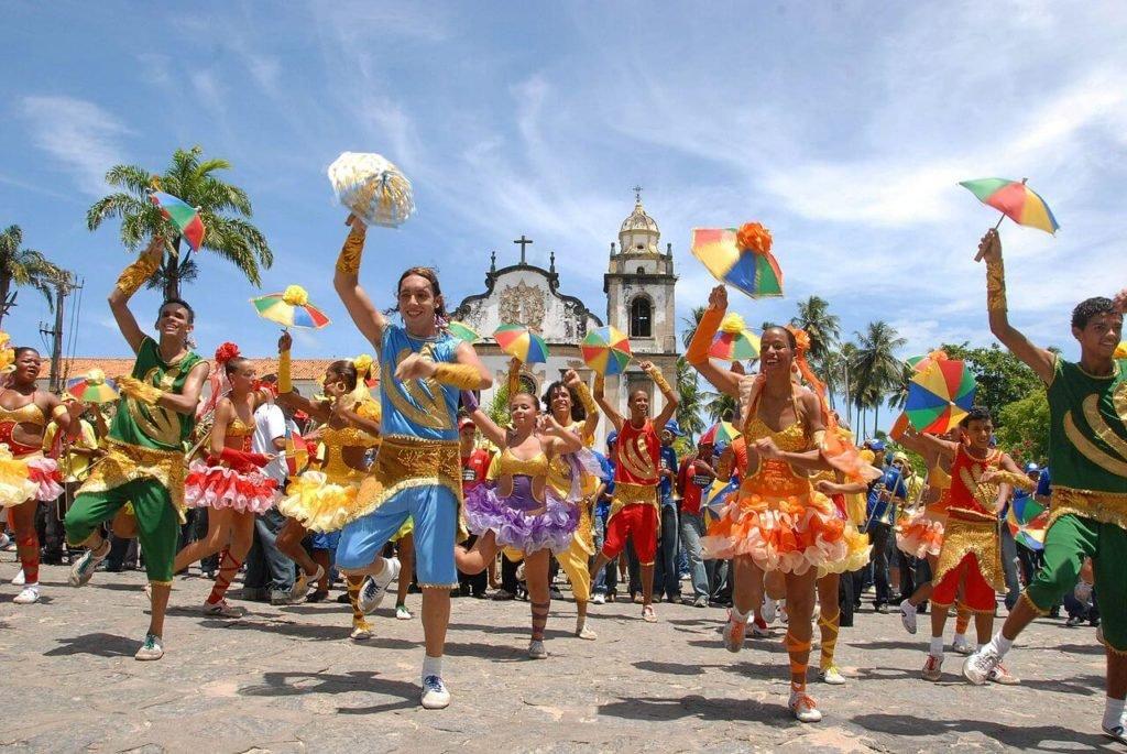 7 cidades para aproveitar o carnaval no brasil